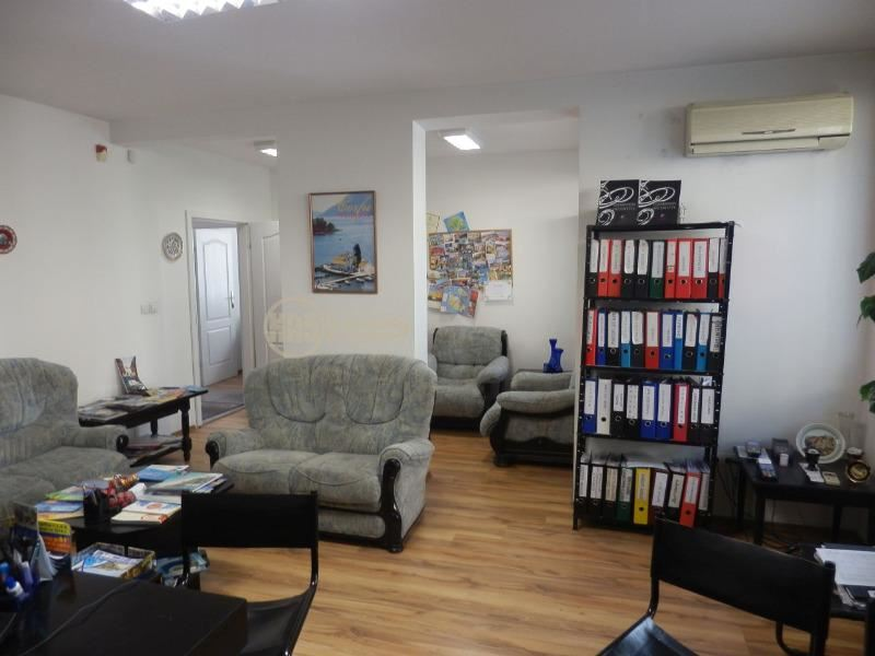 Продава Офис в София Манастирски Ливади - 149900 € 187 кв. м.