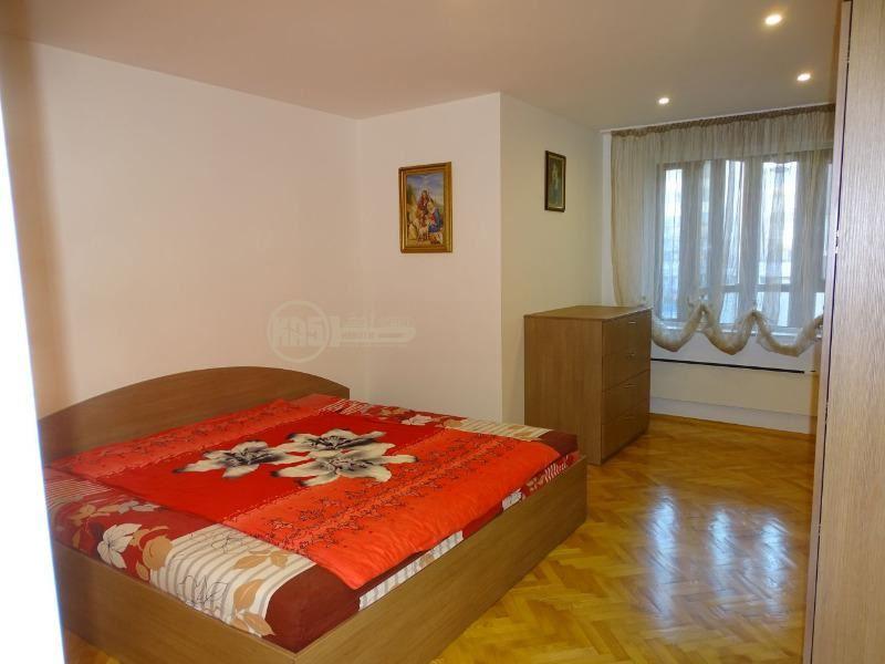 Продава 3-стаен в София Левски Г - 120000 € 98 кв. м.