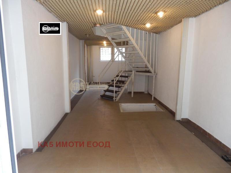 Продава Магазин в София Център - 155000 € 107 кв. м.