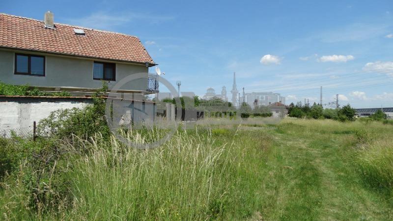 Продава Парцел в София, област с.Волуяк - 18000 € 318 кв. м.