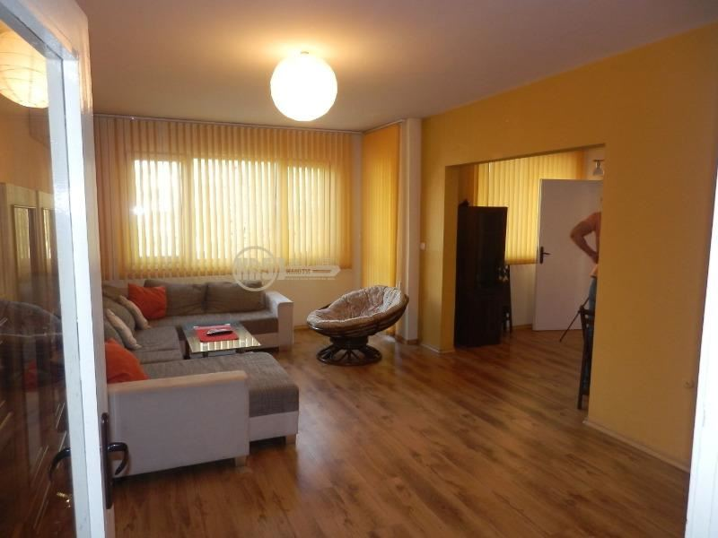 Продава 3-стаен в София Света Троица - 129990 € 120 кв. м.