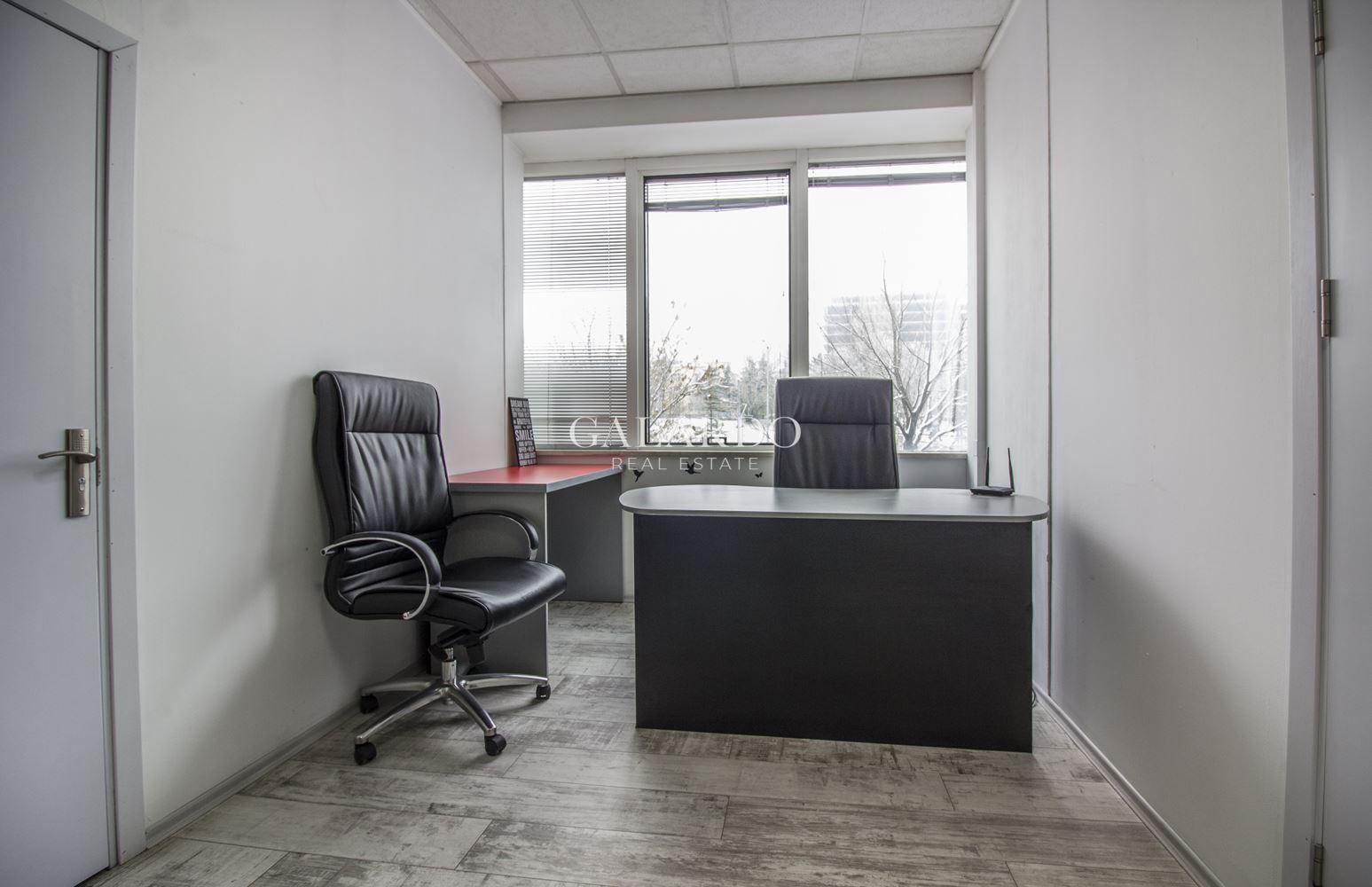 Офис площ в сграда с отлична локация